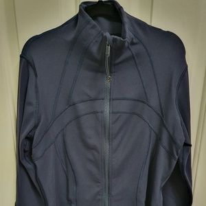 Lululemon long sleeve Athletica wear